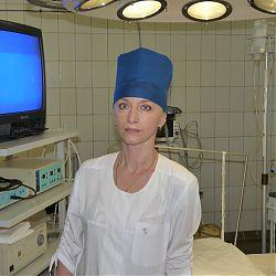 Операционная медицинская сестра четвертой городской больницы Брянска Галина Варламова