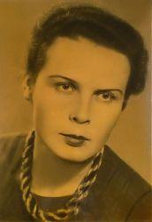 Портрет молодой красавицы сделан в победном 1945-м